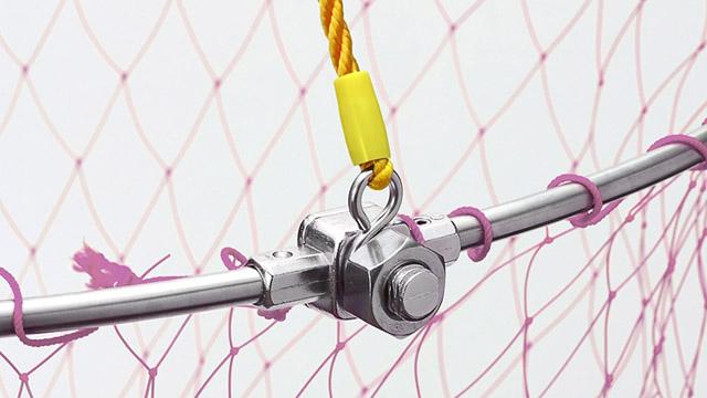 玉網の根元はステンレスボルト利用です。