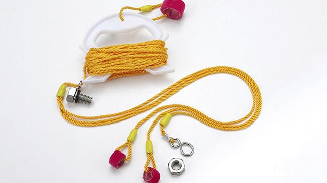 このロープにフローターが付きます。