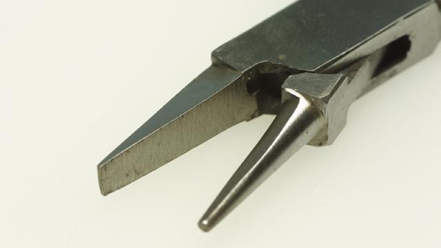 アイペンチ(ステンレス線曲げペンチ)